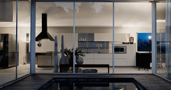 Large-Warmer-Kitchen-at-Night