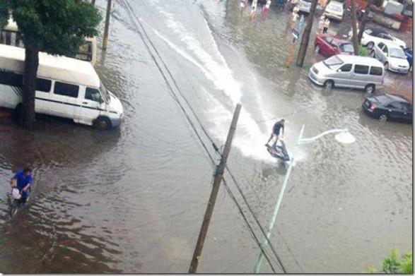 happy-flood-people-45