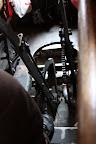 Les deux leviers qu'utilisent les conducteurs de cable car. Je pense qu'il y en a un pour freiner, et un pour s'accrocher au cable souterrain qui tire les voitures.