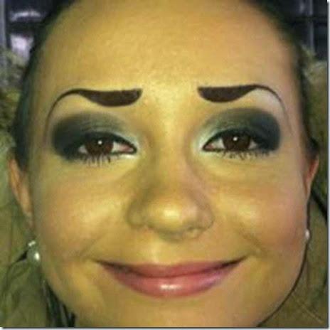 women-scary-eyebrows-044