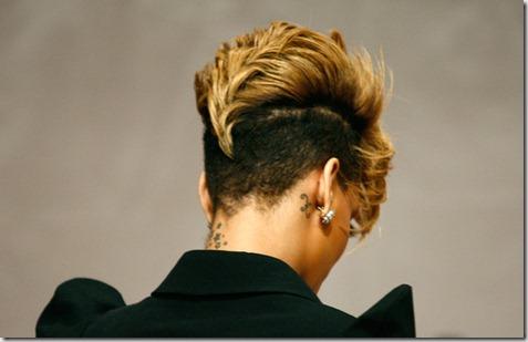 Rihanna Rihanna Promotes Rated R Seoul zsYU9rKF1K2l