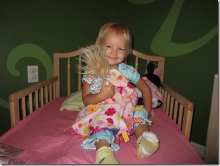 Cori in big girl bed 017