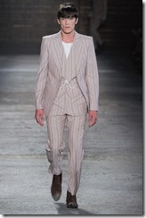 Alexander McQueen Menswear Spring Summer 2012 Collection Photo 21