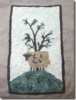 rug_sheep_unfinished_1