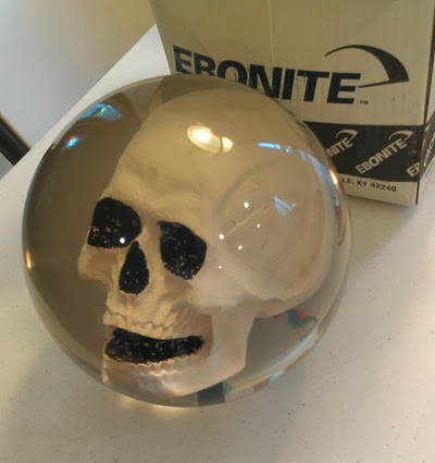 Ebonite Skull bowling ball