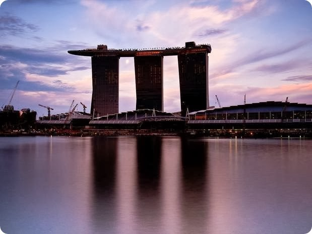 14 MARINA BAY SANDS
