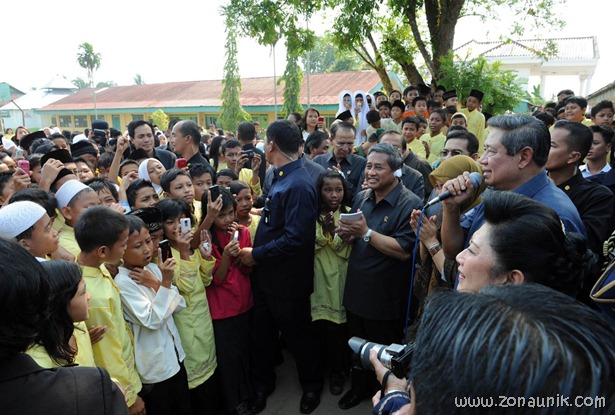 foto keseharian Presiden Indonesia Susilo Bambang Yudhoyono (33)