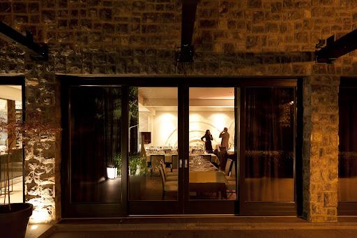 Restoran Dubravkin put izvana  © Zoran Vodopija