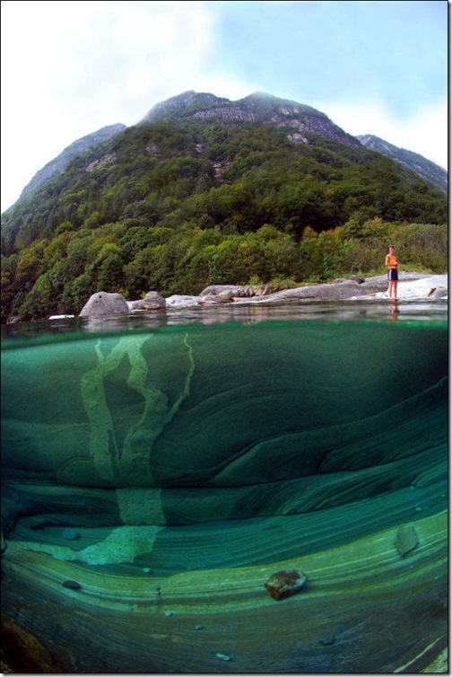 incredibly_clear_waters_of_the_verzasca_river_640_high_09