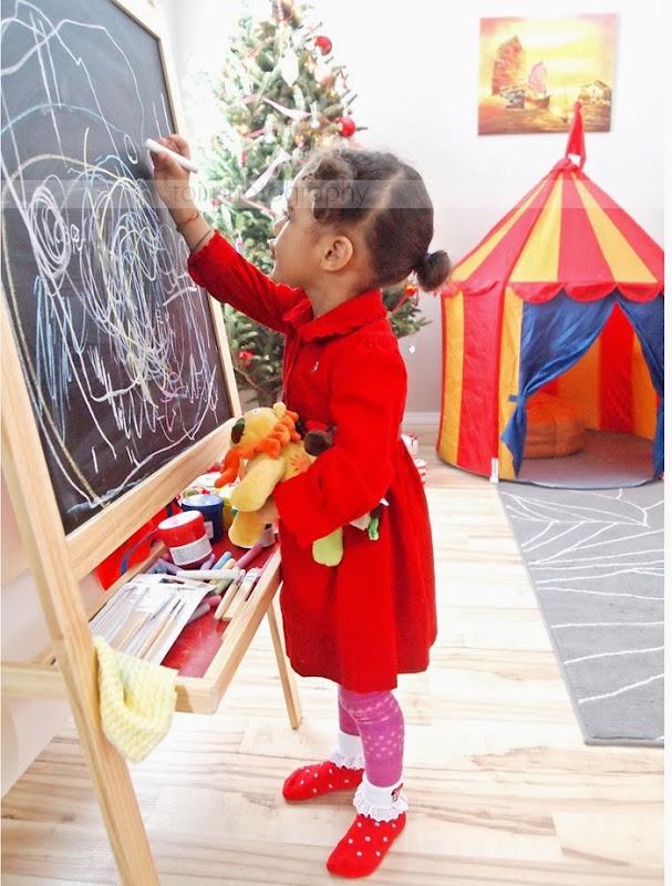 aoi and her blackboard