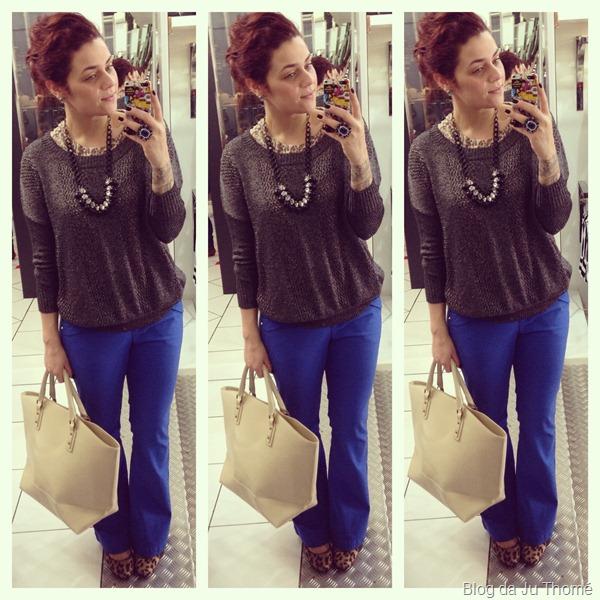 look com maxi tricot  SACADA, calça flare azul, bolsa off white e colar (1)