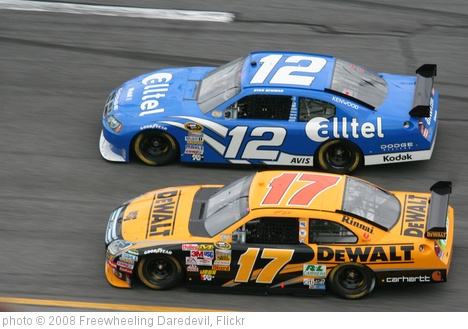 'Ryan Newman & Matt Kenseth' photo (c) 2008, Freewheeling Daredevil - license: http://creativecommons.org/licenses/by/2.0/