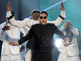 Psy 20121119073050 320 240