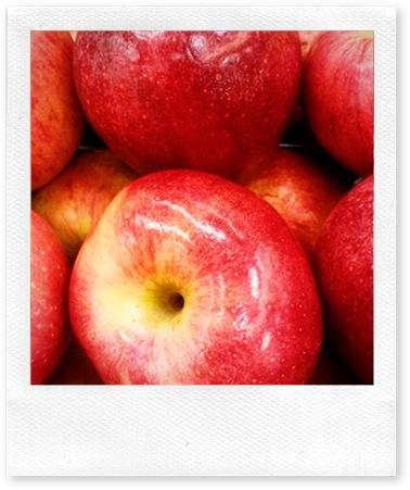 Maggielamarre-apples