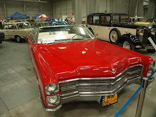 Cadillac DeVille cabrio, model 1966r.,