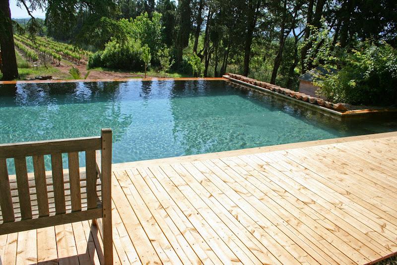 Nos piscines bois hors sol piscine bois modern pool france for Piscine hors sol bois 8 4