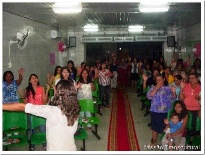 mulheres orando 2