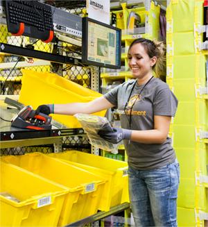 Así funcionan los centros de distribución de Amazon