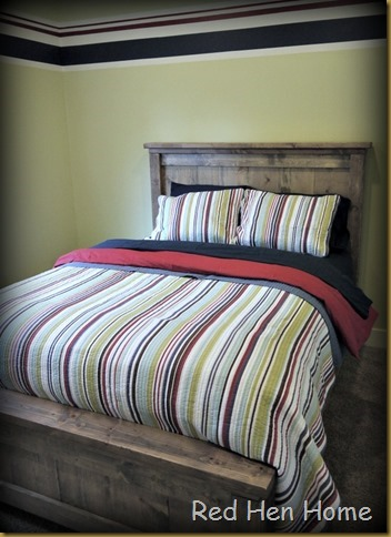 Red Hen Home Handbuilt Bedroom Bed 14