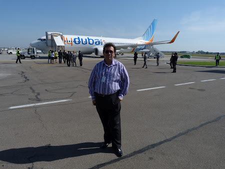 Aeroportul Otopeni: eu si Fly Dubai.JPG