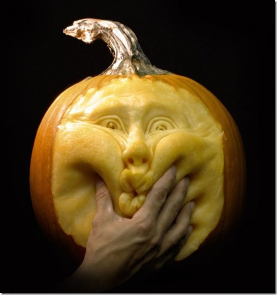 awesome pumpkin carving 24