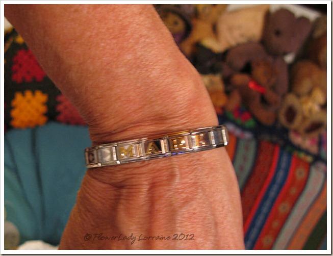 12-25-bracelet