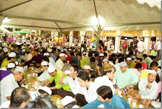 berbuka puasa di qaryah ramadhan kelantan 1432 stadium sultan muhammad ke 4