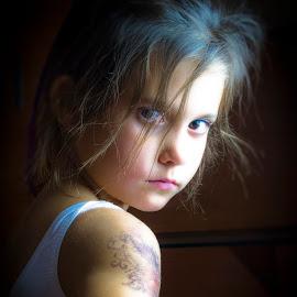 Tatoo girl by Miodrag Granbata Radosavljevic - Babies & Children Children Candids ( granbata )