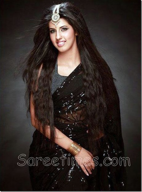 Shagun_Pannu_Black_Saree