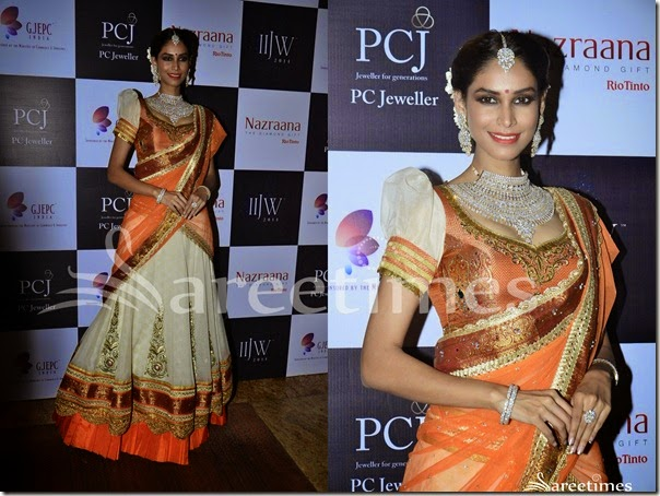 Vaani_Kapoor_Orange_White_Half_Saree(2)
