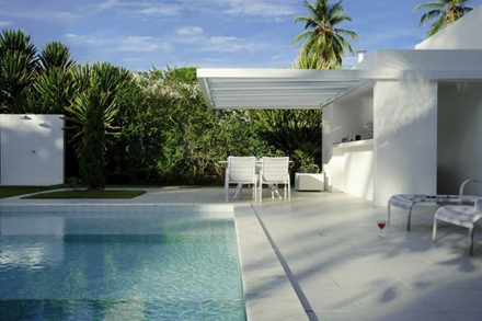 casa-con-piscina-carqueija-brasil