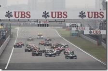 La partenza del gran premio della Cina 2012