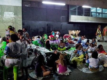 Carnavalul de la Rio:  La o bere, o poveste inainte de Sambodrom