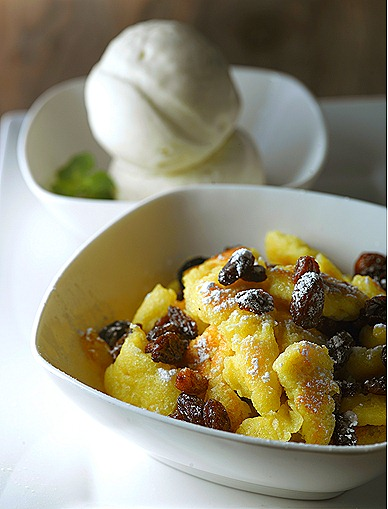 Charly T Kaiserschmarrn austrian german  dessert light  fluffy pancake sugar, raisins homemade vanilla bean icecream