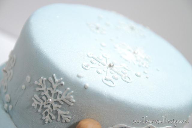 IMG_29832_bursdag_kake_blå_vinter