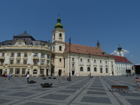 Things to see in Sibiu: Main square