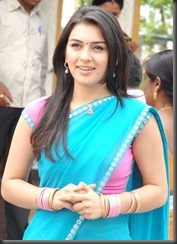 hansika-motwani-sexy in-saree