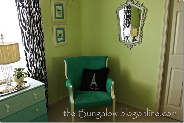 green and aqua room