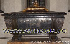 DSC05767.JPG Kung Gustav II Adolfs grav med amorism