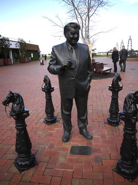 bart statue