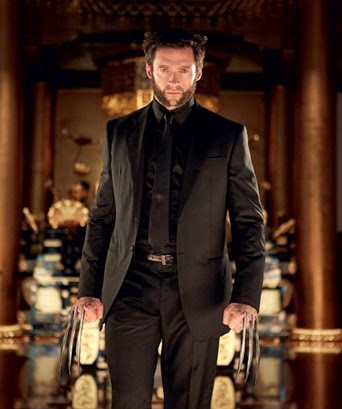 the-wolverine-black-suit-jackman-claws