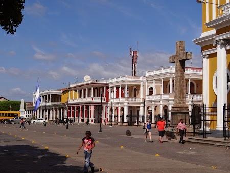 08. Piata centrala din Granada.JPG