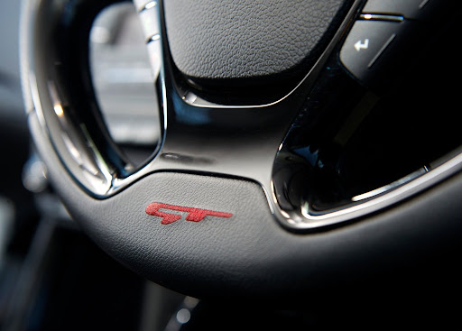 Yeni-Kia-Pro-Ceed-GT-2014-65.jpg