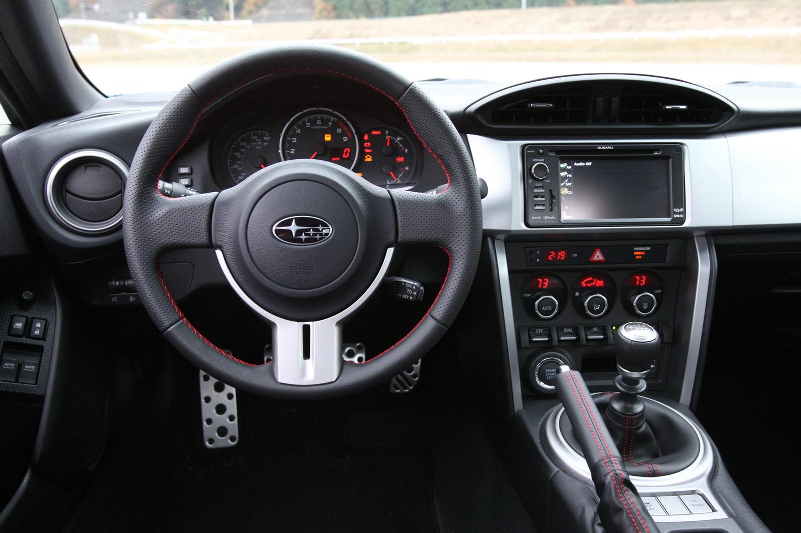 2013-Subaru-BRZ-Coupe-Interior-7.jpg?imgmax=1800