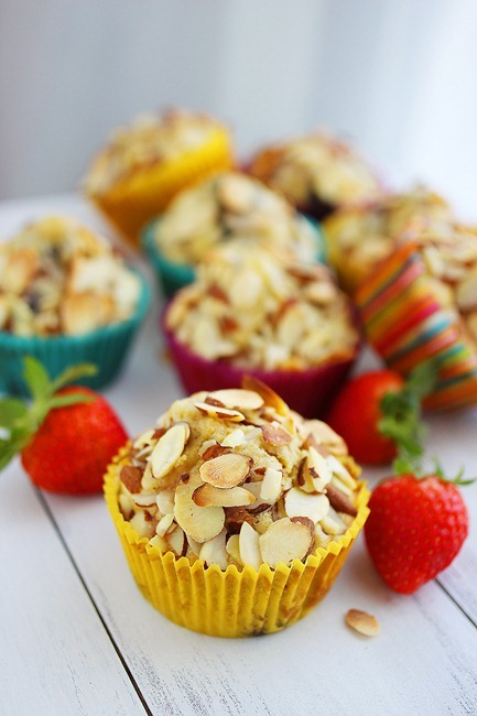 Sugar Free Almond Berry Muffins