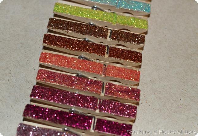 GlitterClothespins4