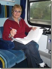 Korrektur der Satzfahnen im Zug nach Regensburg 001