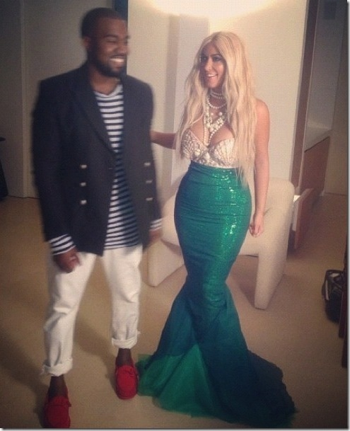 kim-kardashian-mermaid-halloween-5