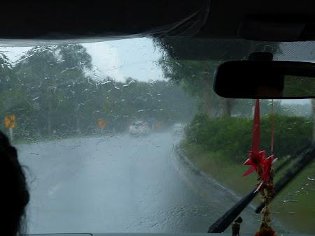 Ploaie torentiala Thailanda