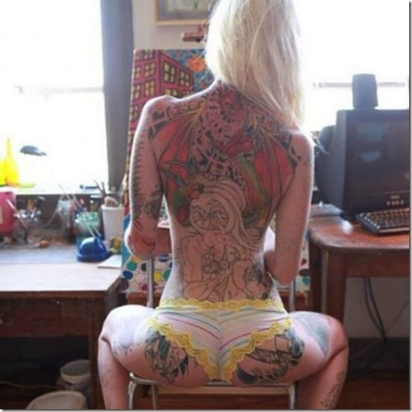 hot-tattooed-women-005
